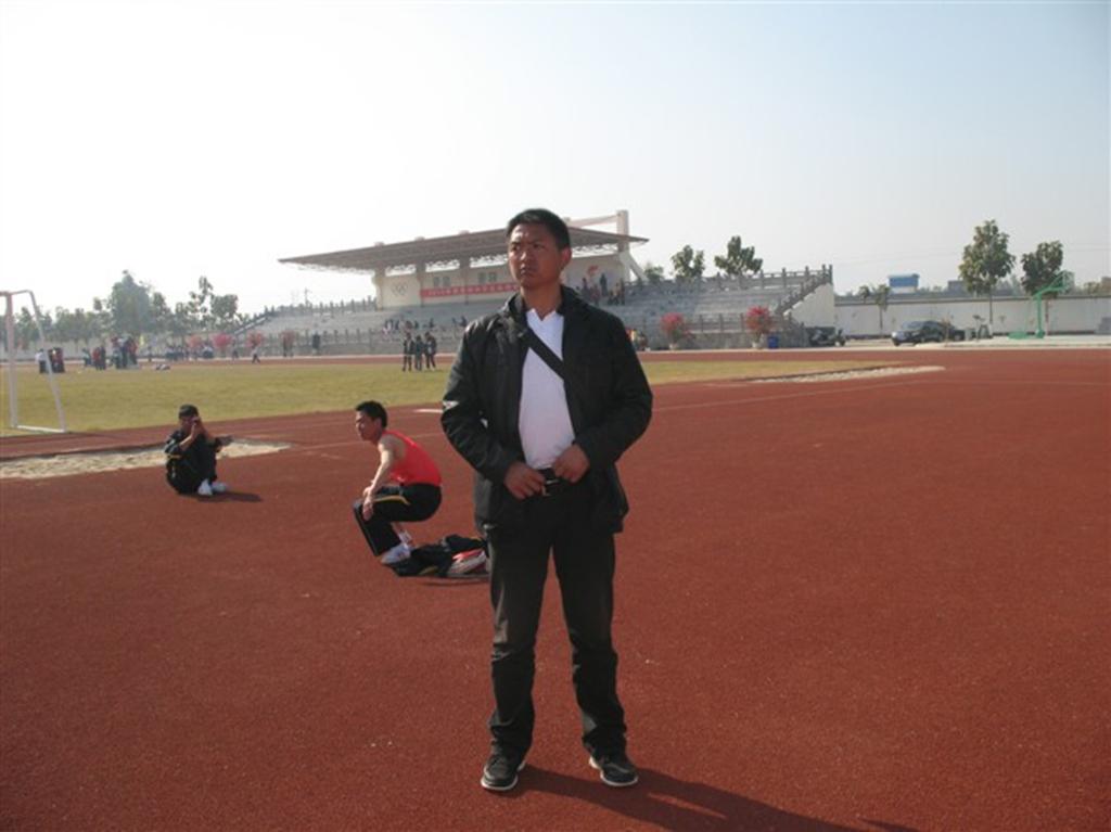 小厂中学2010至2013年学生参加州运动会照片