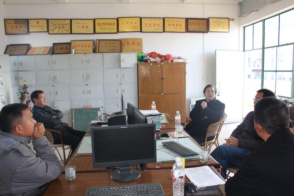 镇江中学领导到小厂中学开展教学指导